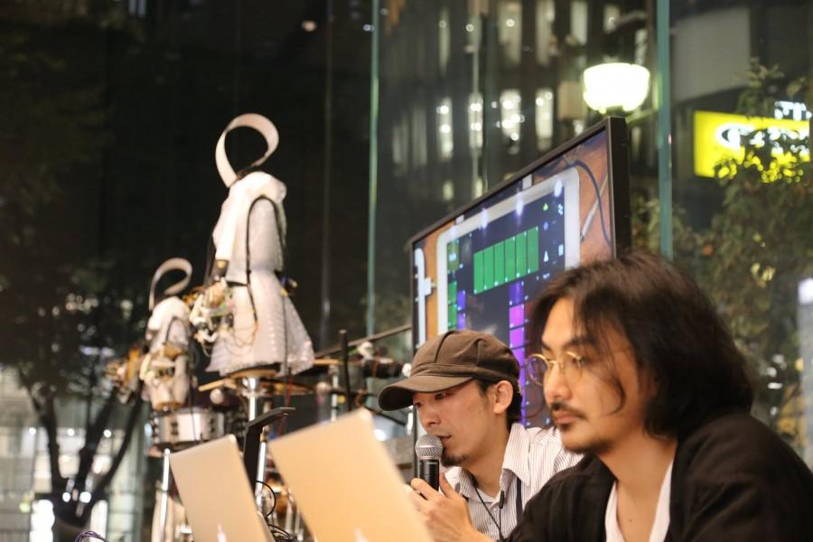 ・2015年10月 Apple Store表参道店でのデモ&Talk Session(w.柳澤知明氏) →デバイス、ソフト面のシステムが完成。